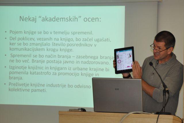 20111126_eknjige-in-slovenske-knjiznice_kerec2