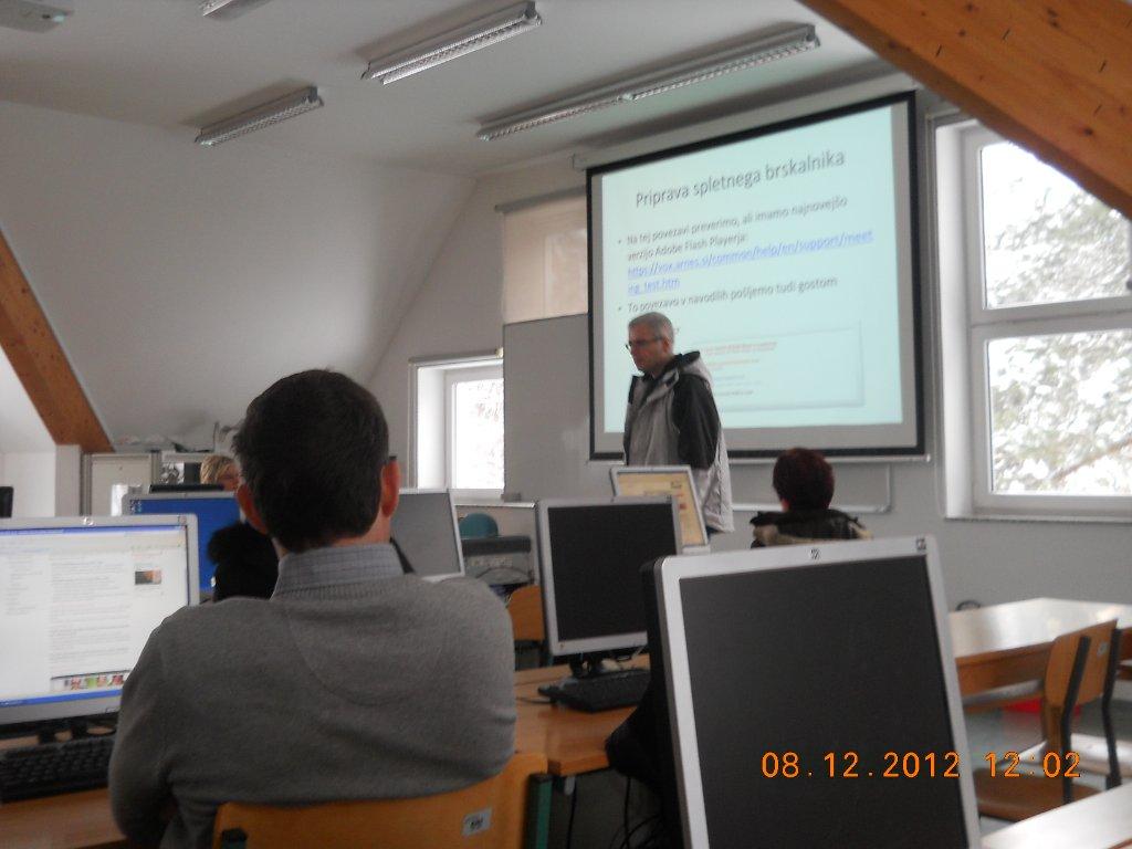 20121208_ikt-z-delavnicami_kerec1